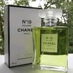 Chanel Chanel №19 Poudre